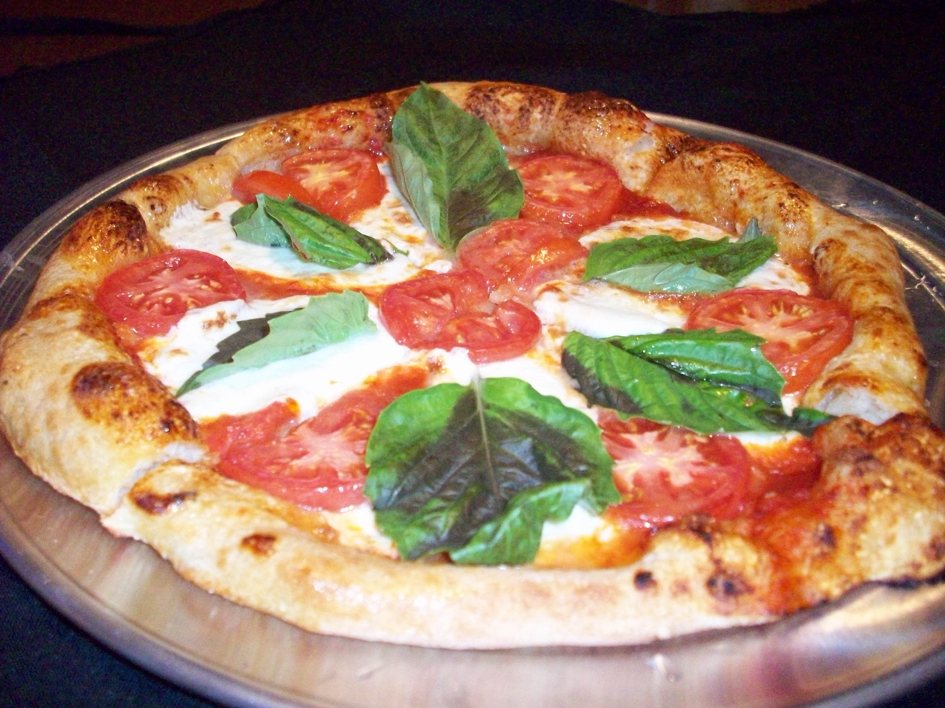 Margherita Pizza - Aloma Bowl
